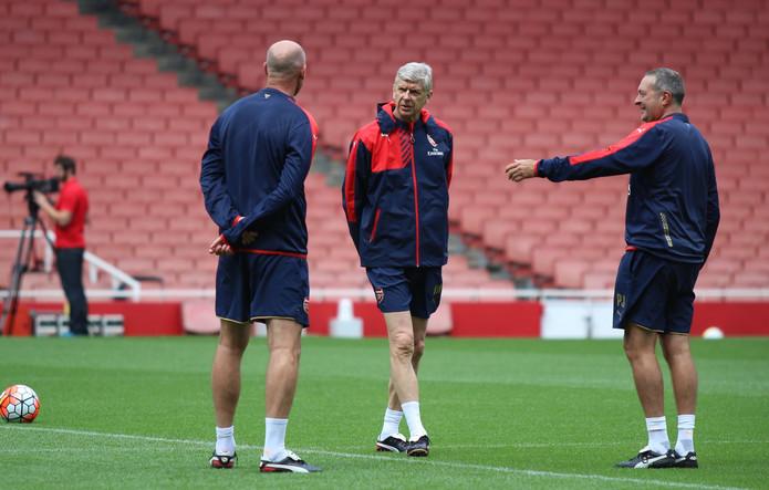 Arsene Wenger at Arsenal Training Session
