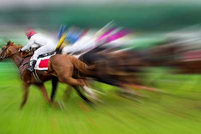 Blurred Horse Race