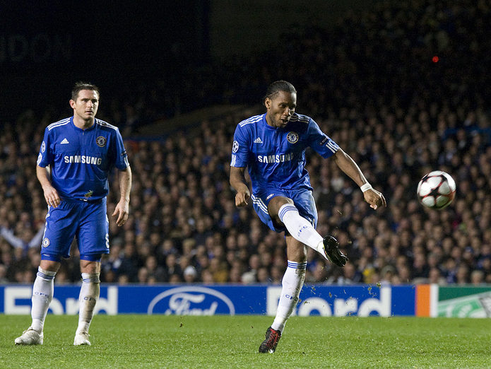Didier Drogba and Frank Lampard Playing for Chelsea