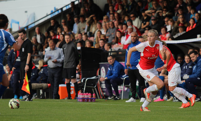 Arsenal's Leah Williamson Making Run