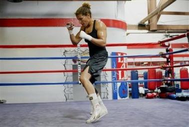 Lucia Rijker in training
