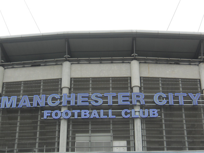 Manchester City Sign