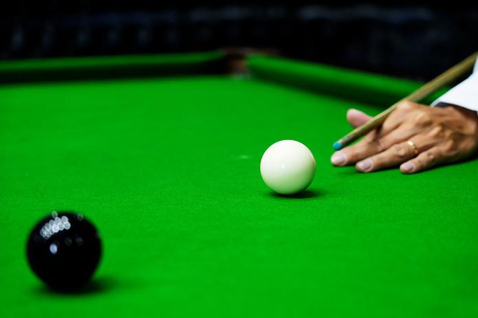 Snooker Black Ball Pot