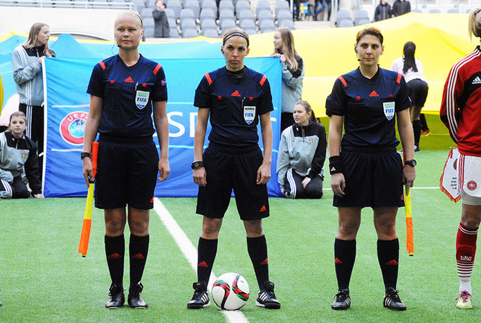 Stepahnie Frappart with Assistant Referees