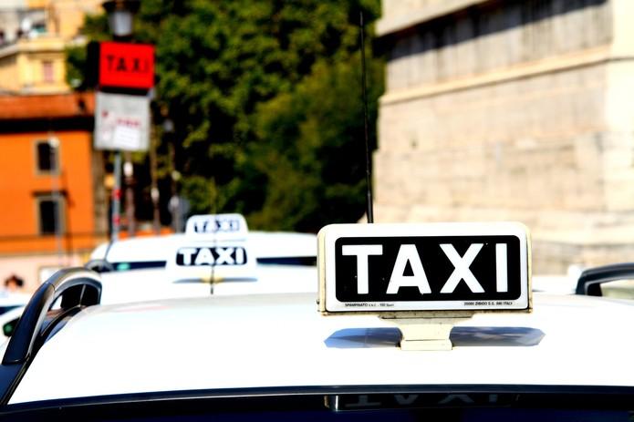 Taxi in Rome